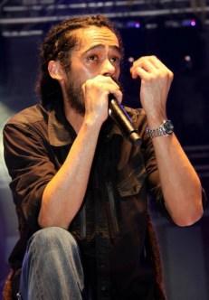 Damian 'Junior Gong' Marley sings to the St. Maarten Crowd